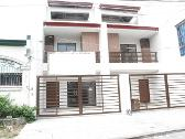 Town House in Quezon City Area For Sale