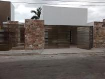 Casa En Venta En La Colonia Campestre Rvs Cr15360044