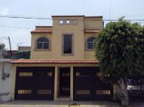 Casa De 2 Baños Y 3 Recámaras