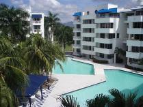 Apartamento en venta en Av Lagos Del Peñon, El Peñón, Girardot