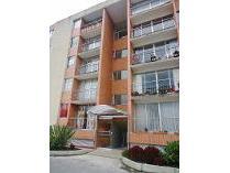 Apartamento en venta en Avenida Chilacos Calle 21 No. 6, Chía, Chía