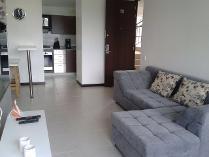 Apartamento en arriendo en Calle 8 Sur # 43b-112, Altos Del Poblado, Medellín
