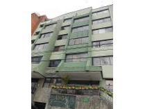 Apartamento en arriendo en Comuna 11: Laureles - Estadio, Medellín