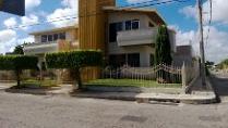 Preciosa Residencia En Esquina,, Fracc Campestre