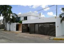 Casa en venta en Calle 16, Campestre, Mérida