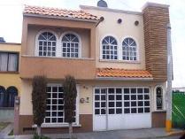 Casa en venta en De La Flor 141, Irapuato, Irapuato