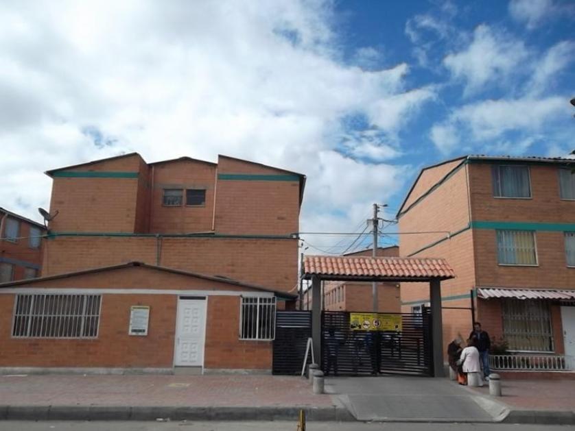 Baldosas Baño Homecenter:Casa-standar_http://multimediaresemco/s838x629_1011773773-Bosa