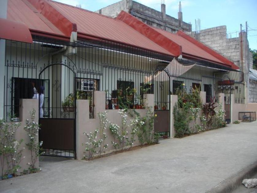 Apartment For Rent in Atrium St, Fairview, Metro Manila