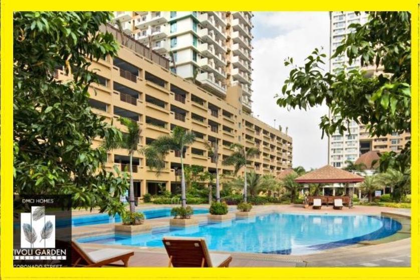Condominium For Sale in Coronado St, Hulo, Metro Manila