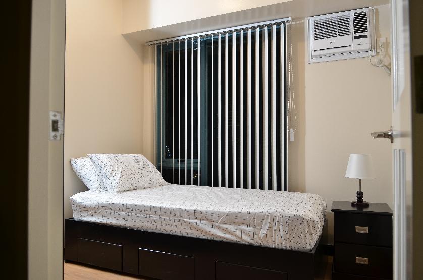 Condominium For Rent in Coronado St, Hulo, Metro Manila
