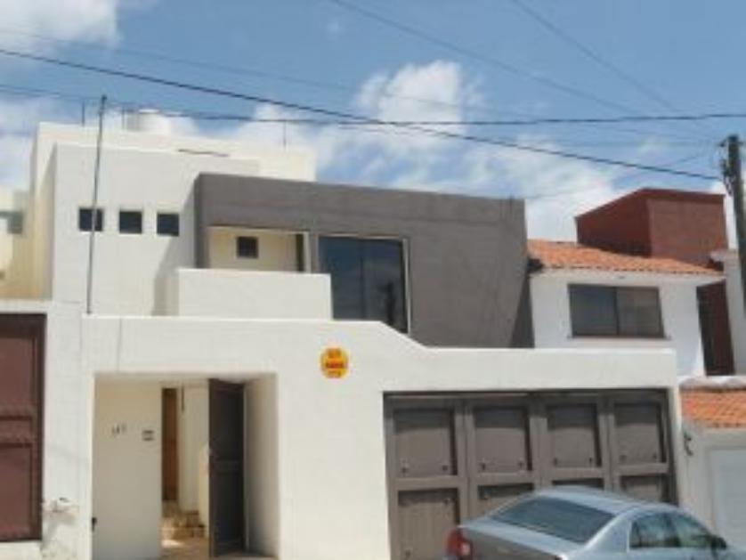 Casa en Venta Rincon De Lambrusco 145, Rinconada De Los Andes, San Luis Potosí