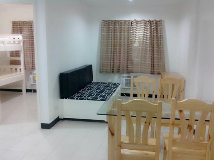 Condominium For Rent in Fairview, Metro Manila