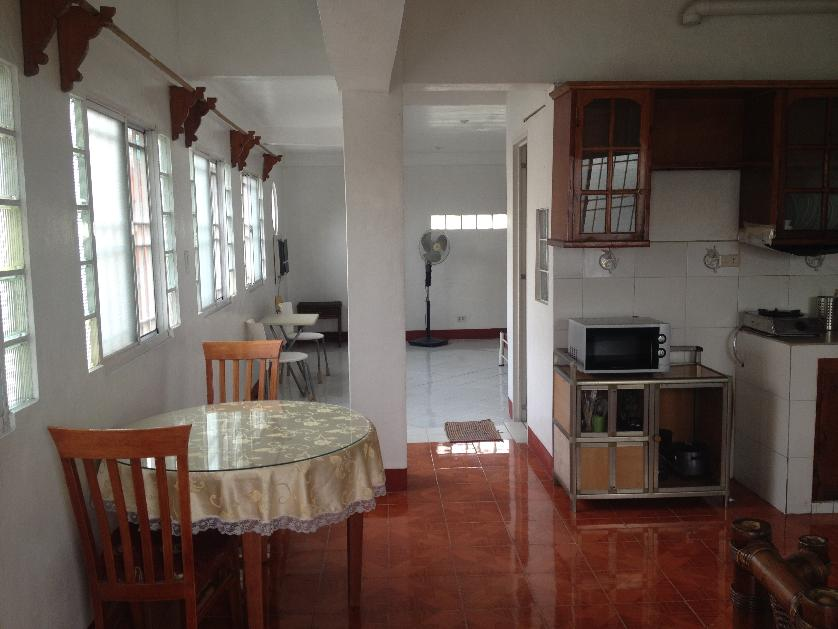 Apartment For Rent in Culiat, Metro Manila