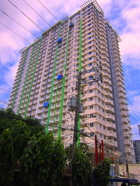 Condominium For Sale in Quiapo District, Metro Manila