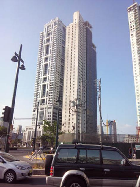 Condominium For Sale in Bonifacio Global City, Metro Manila