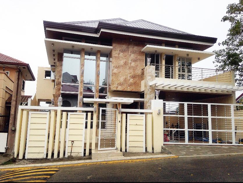 For Sale House And Lot In Batasan Hills Quezon City