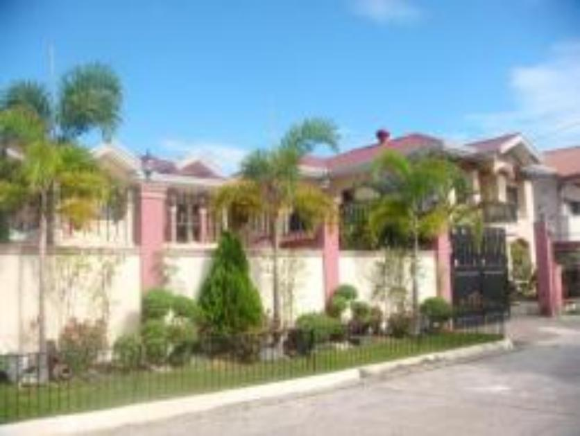 House and Lot for Sale in Angeles City, Pampanga