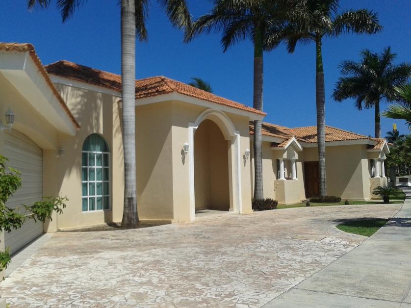 14 casas en renta en canc n centro canc n quintana roo for Renta casa minimalista cancun