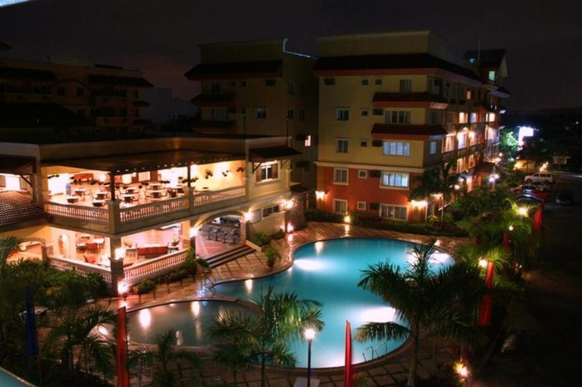 Condominium For Sale in Ususan, Metro Manila