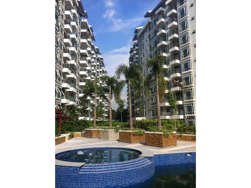 Condominium For Sale in E-4t, Villamor (newport City), Metro Manila