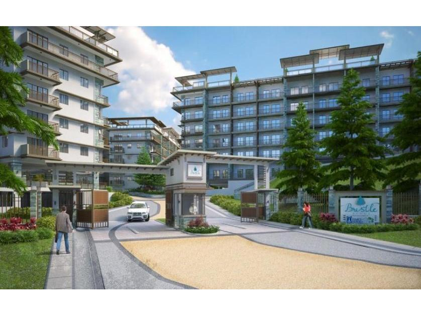 Condominium For Sale in Pacdal Road, Pacdal, Benguet
