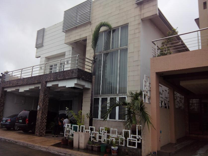 For sale house and lot in bahay toro quezon city for Modern house quezon city