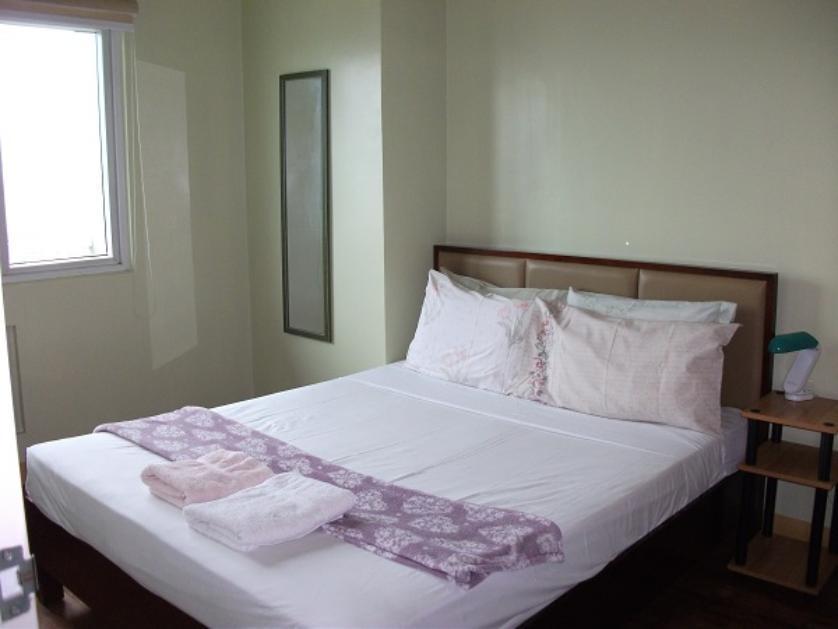Condominium For Rent in Malamig, Metro Manila