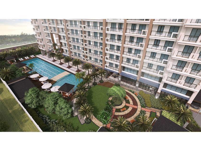 Condominium For Sale in Fairway Terraces, Villamor (newport City), Metro Manila