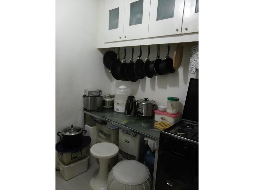 Condominium For Sale in Legazpi Street, San Lorenzo, Metro Manila
