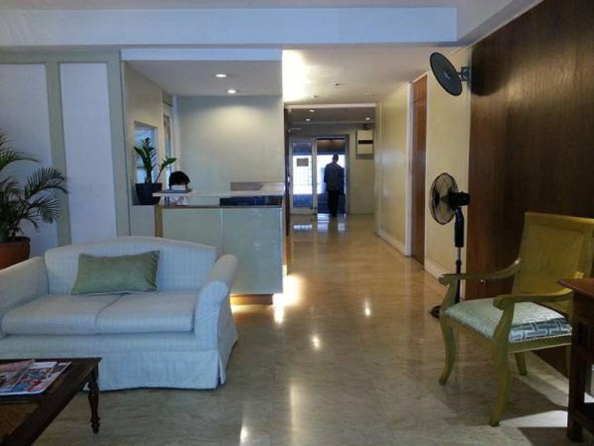 Condominium For Rent in Perea Street, San Lorenzo, Metro Manila