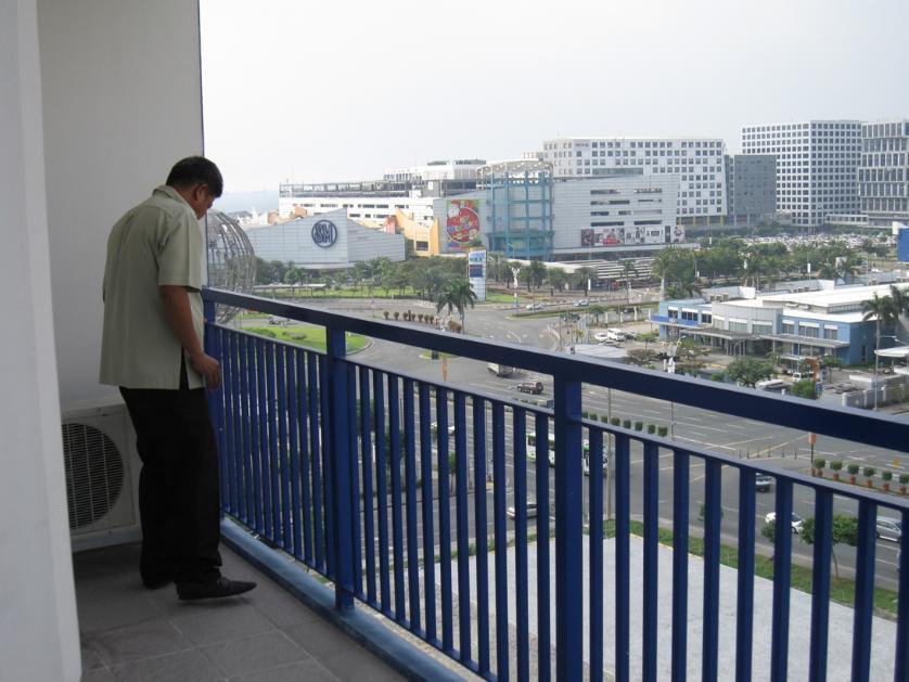 Condominium For Sale in Pea Rd 1, Bay City, Metro Manila