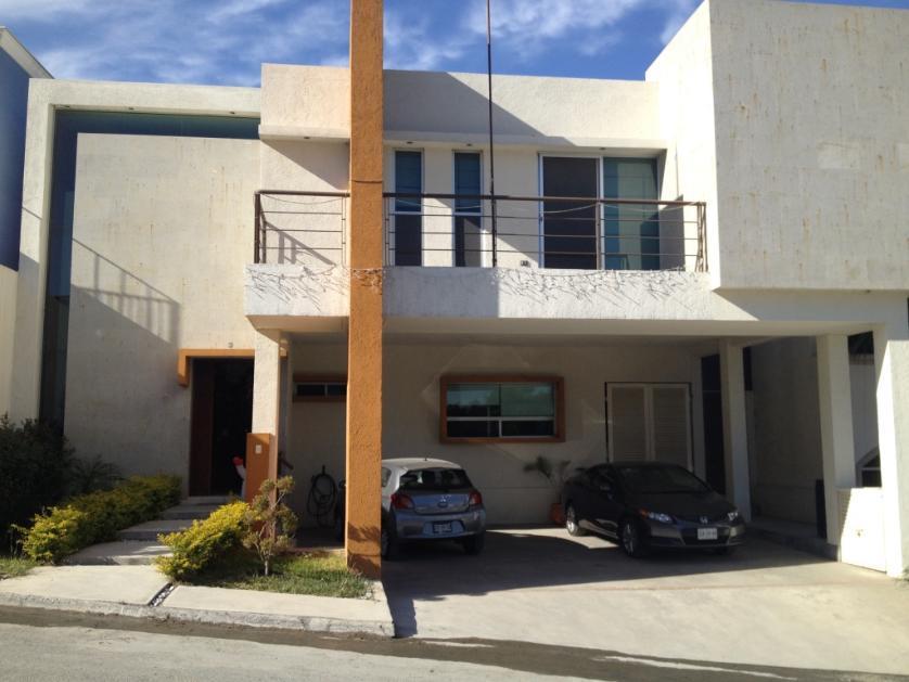 Casa en Venta en Palmares 1er Sector, Monterrey