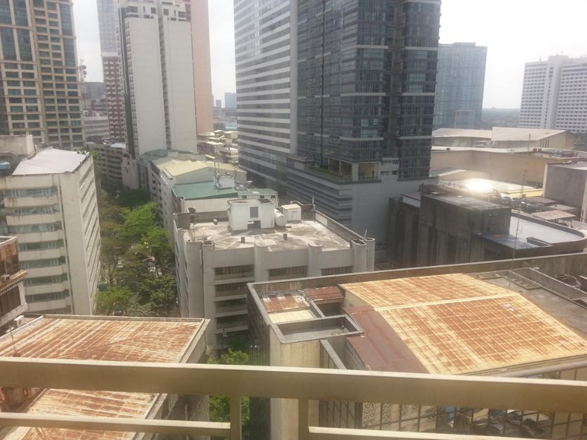 Condominium For Sale in Don Carlos Palanca, San Lorenzo, Metro Manila