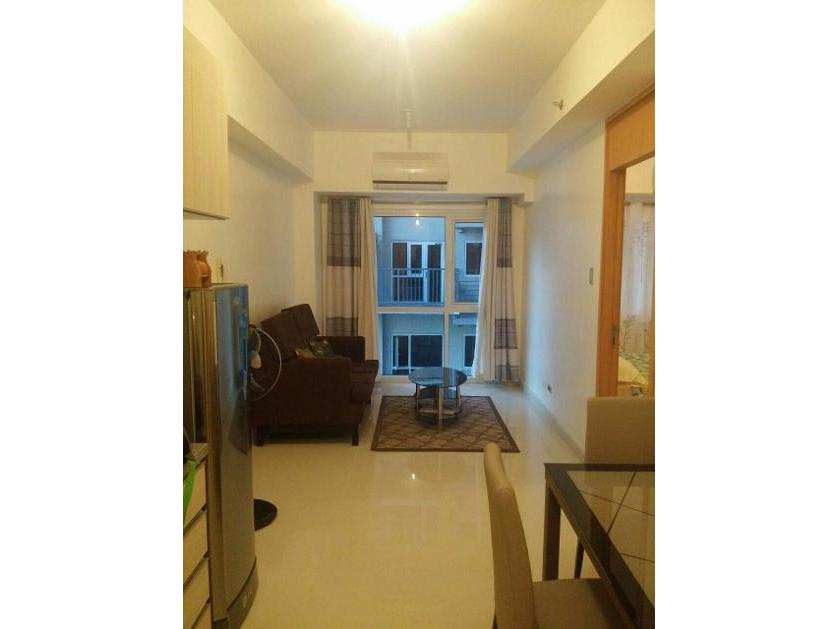 Condominium For Rent in Valero Access Road 4, Bel-air, Metro Manila