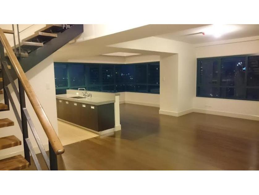 Condominium For Sale in Amorsolo Drive, Poblacion, Metro Manila