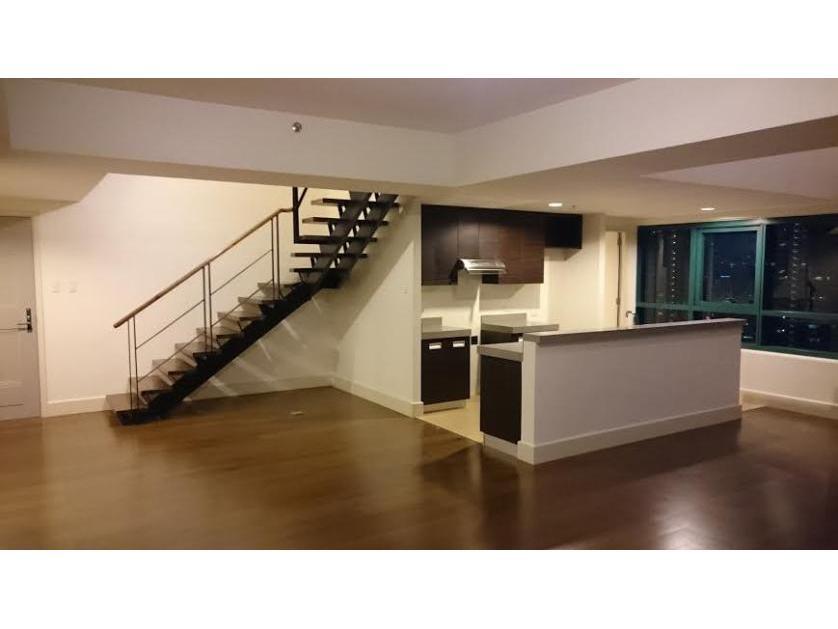 Condominium For Sale in Amorsolo Drive, Poblacion, Metro Manila