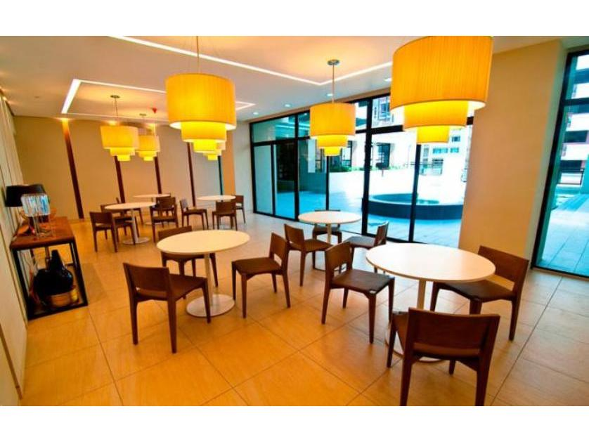 Condominium For Sale in H.v. Dela Costa, Bel-air, Metro Manila