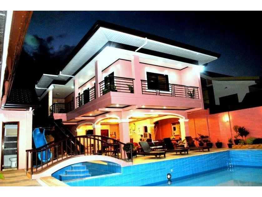 For rent villa in pansol calamba 89401 persquare Private swimming pool for rent in cavite