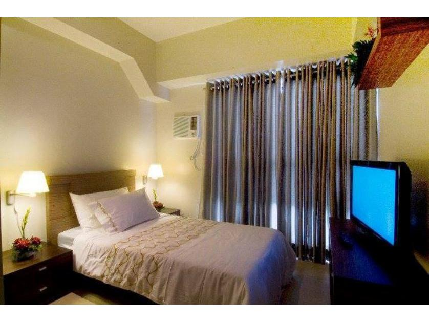 Condominium For Sale in 409 Shaw Blvd, Addition Hills, Metro Manila