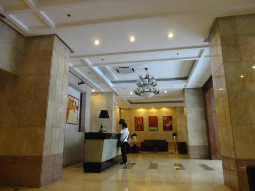 Condominium For Rent in Don Carlos Palanca, San Lorenzo, Metro Manila