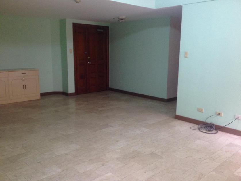 Condominium For Rent in Roxas Boulevard, Baclaran, Metro Manila