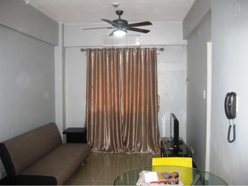 Condominium For Rent in Montecito Cluster 6 Unit 6l Residential Resort Condominium Newport City, Villamor (newport City), Metro Manila