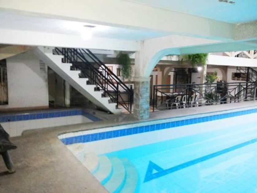 For rent villa in pansol calamba 89491 persquare Private swimming pool for rent in cavite