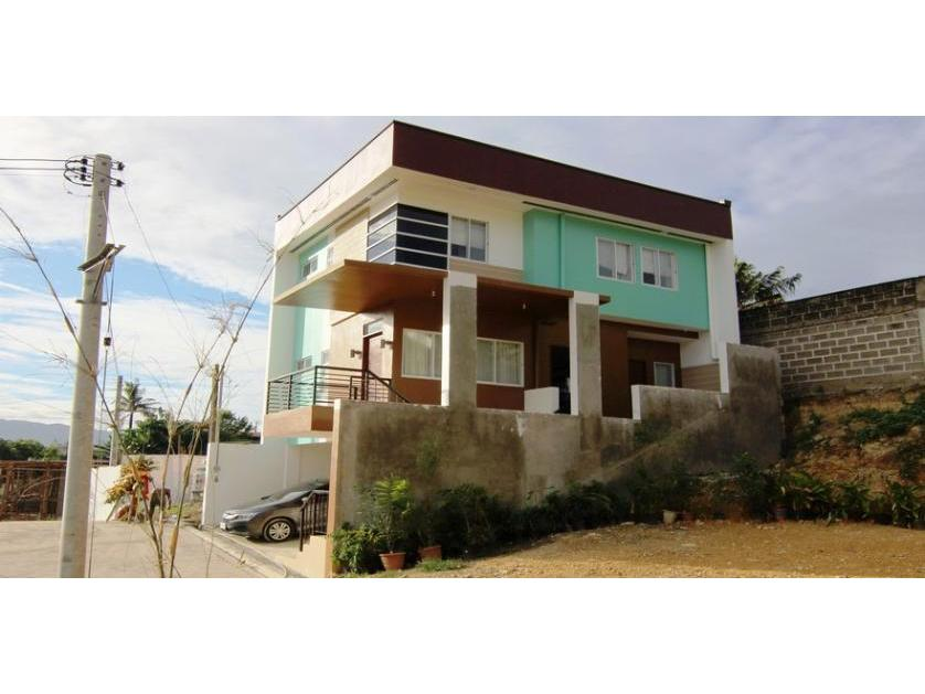 88 Hillside House and Lot for Sale in Mandaue Cebu