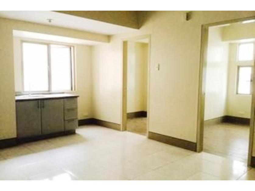 Condominium For Sale in Little Baguio, Metro Manila