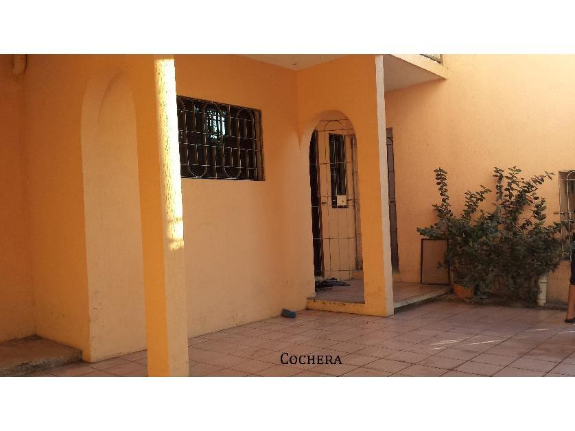 Casa en  renta en Calle 53a #68 Entre 52 Y 54 Col. Caleta, Ciudad Del Carmen