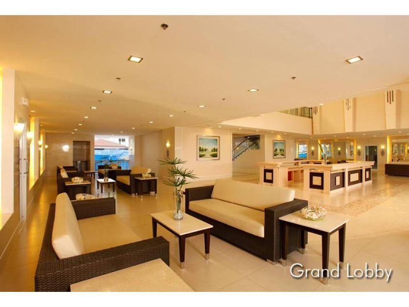 Condominium For Rent in Sucat Paranaque, Parañaque, Ncr