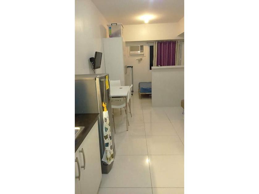 Condominium For Rent in 682 Aurora Blvd., New Manila, Quezon City, Valencia (gilmore), Metro Manila