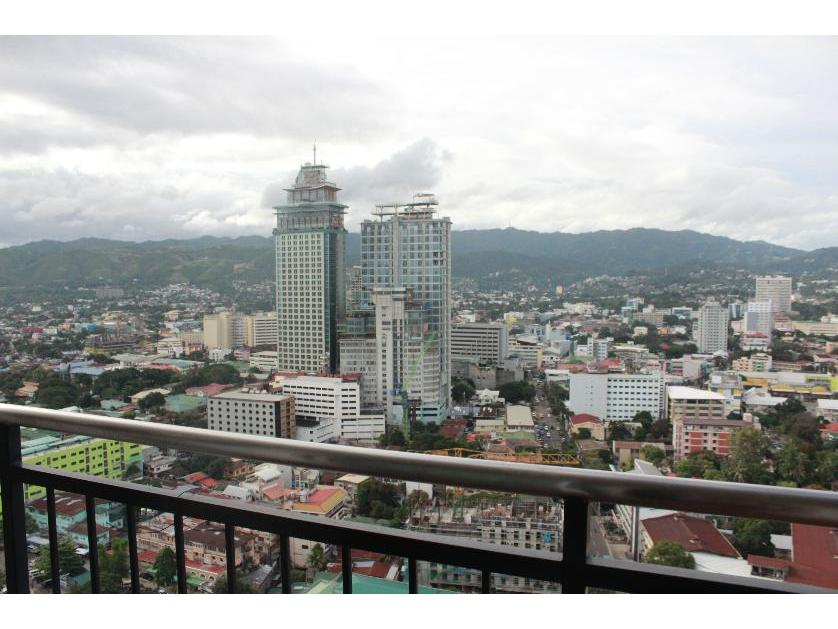 Condominium For Sale in Ramos St., Cebu City, Cogon Ramos, Cebu