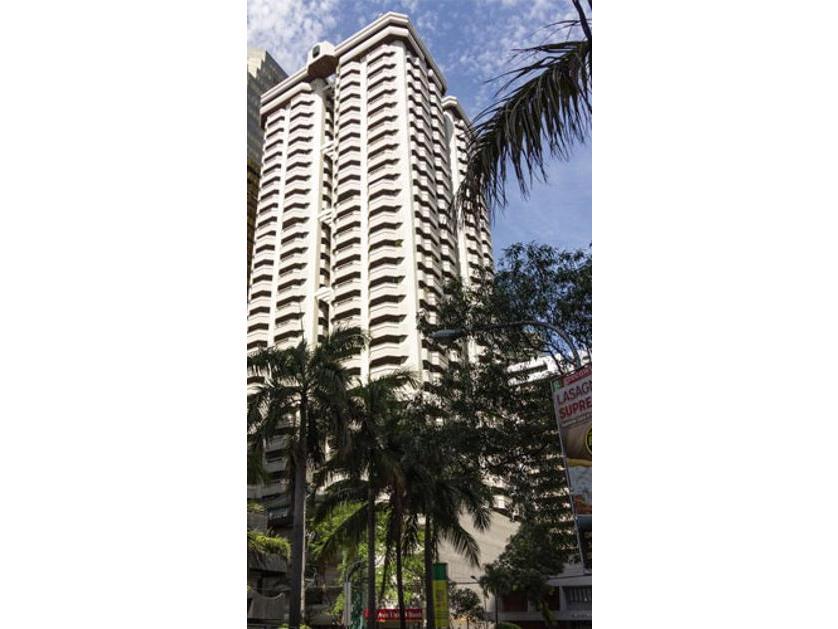 Condominium For Rent in 805 Emerald Mansion, Emerald Ave., Ortigas, Pasigcity, Metro Manila, Pasig, Ncr